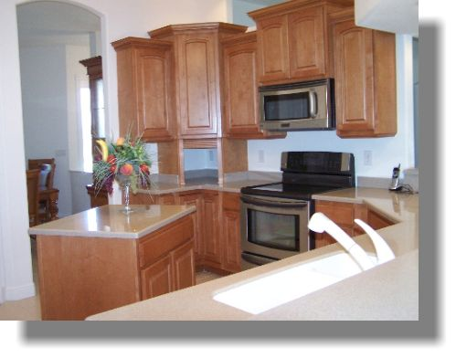 Staggered Upper Kitchen Cabinets Radianthomes  Dream Home Amazing Upper Kitchen Cabinets Decorating Inspiration