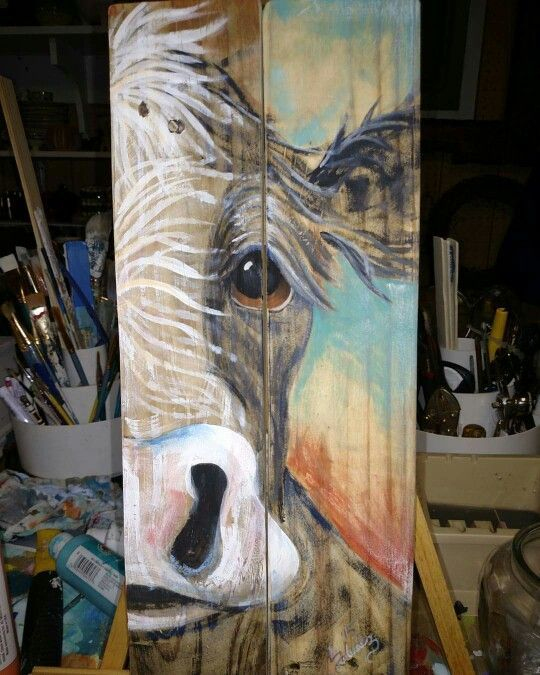 Recycled Art Reclaimed Pallet Wood Cow Painting Artist Liz