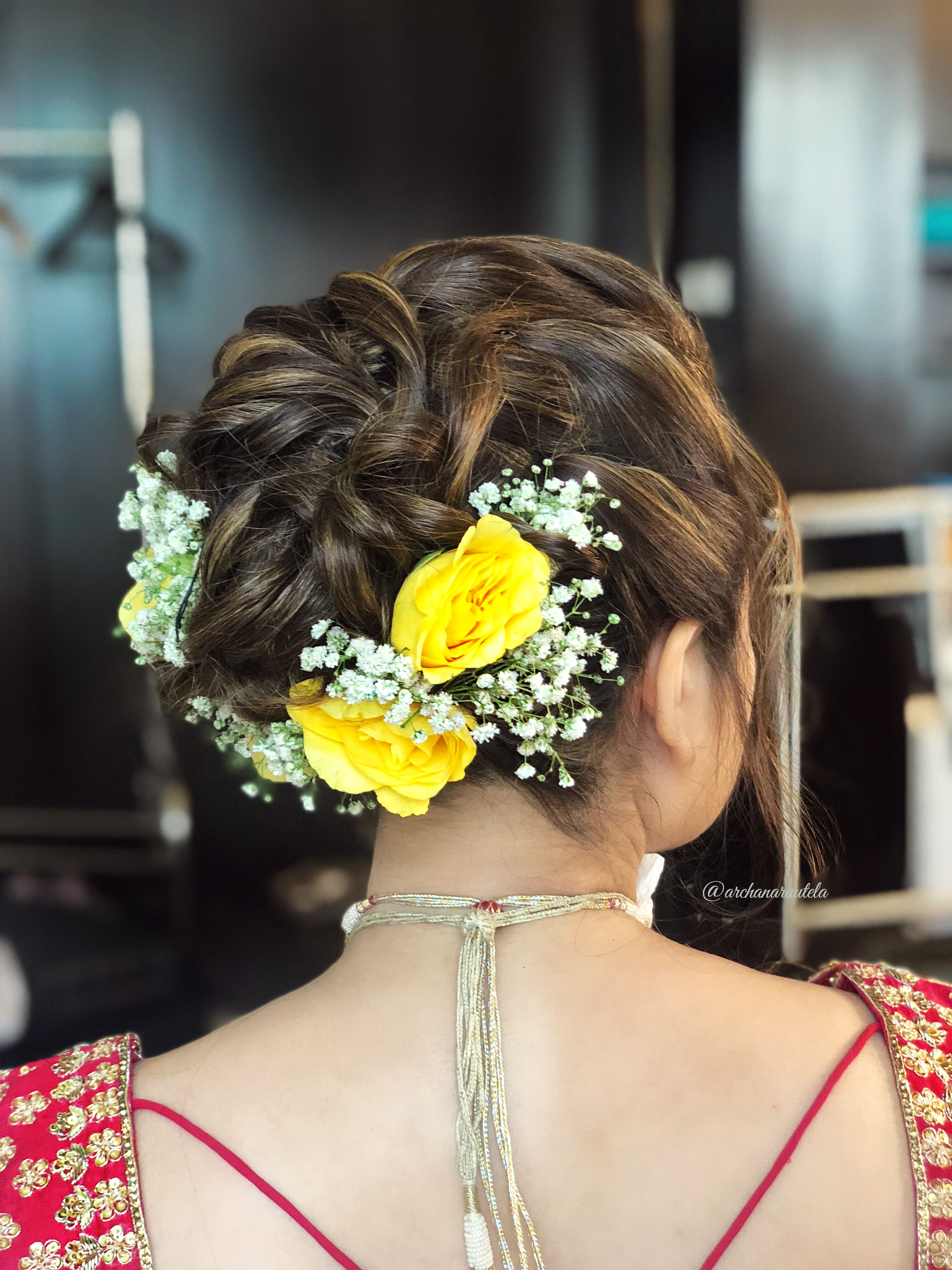 Summer Wedding Hairdo Inspo Roses And Baby Breath