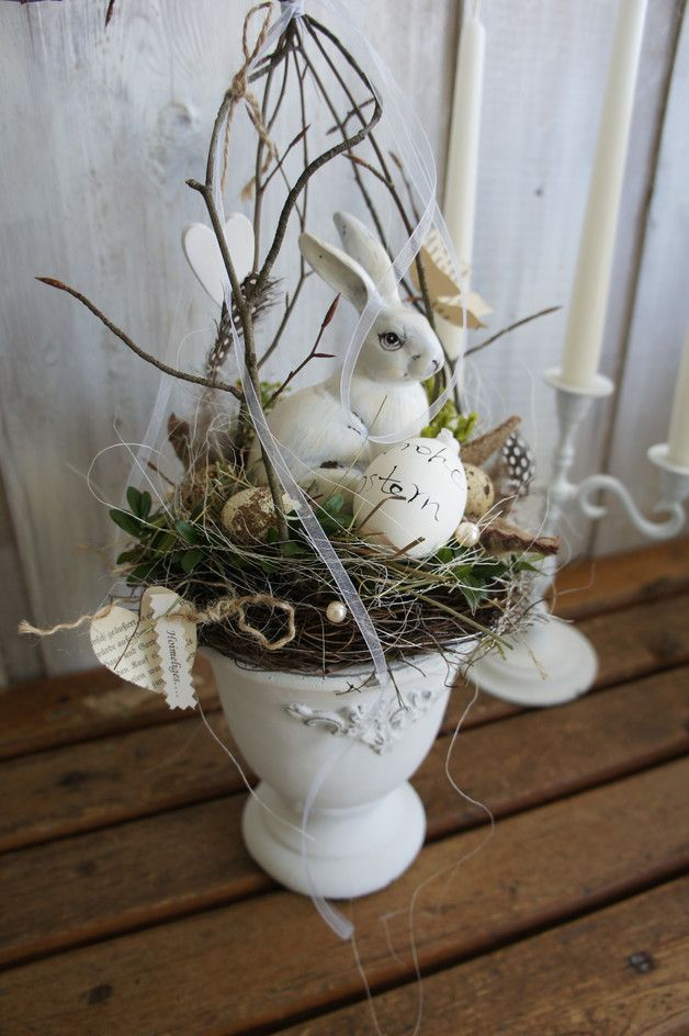Photo of A magically beautiful spring decoration …. In a beautiful stone amphora …