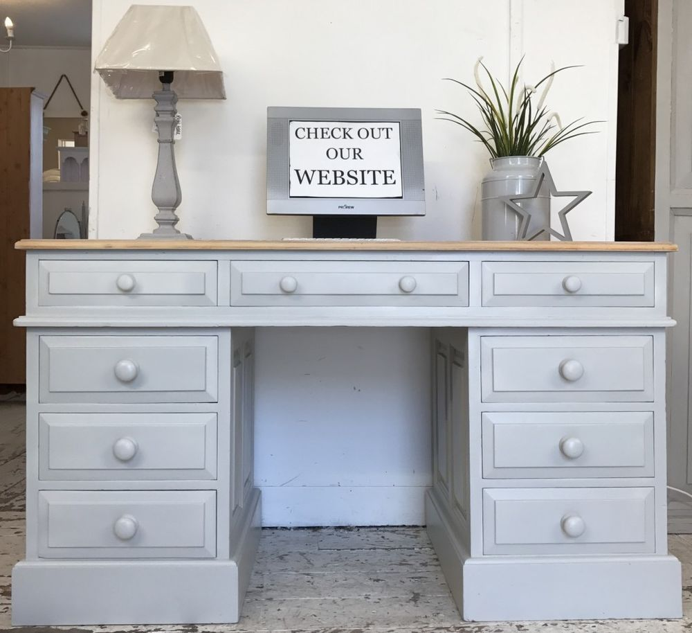Painted in : Farrow & Ball \'Pavilion Grey \'. Wonderful large solid ...