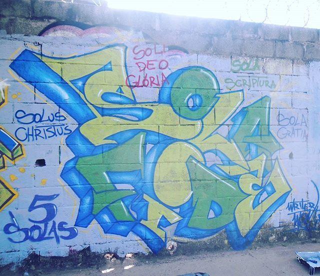 #5solas #SolaFide #solagratia #soluschristus #solascriptura #solideogloria #reformaprotestante #graffiti #graffiticulture #writergraffiti #writer #writerwest #praysthelord #jesusfreak #hiphop #hiphopculture #5elements