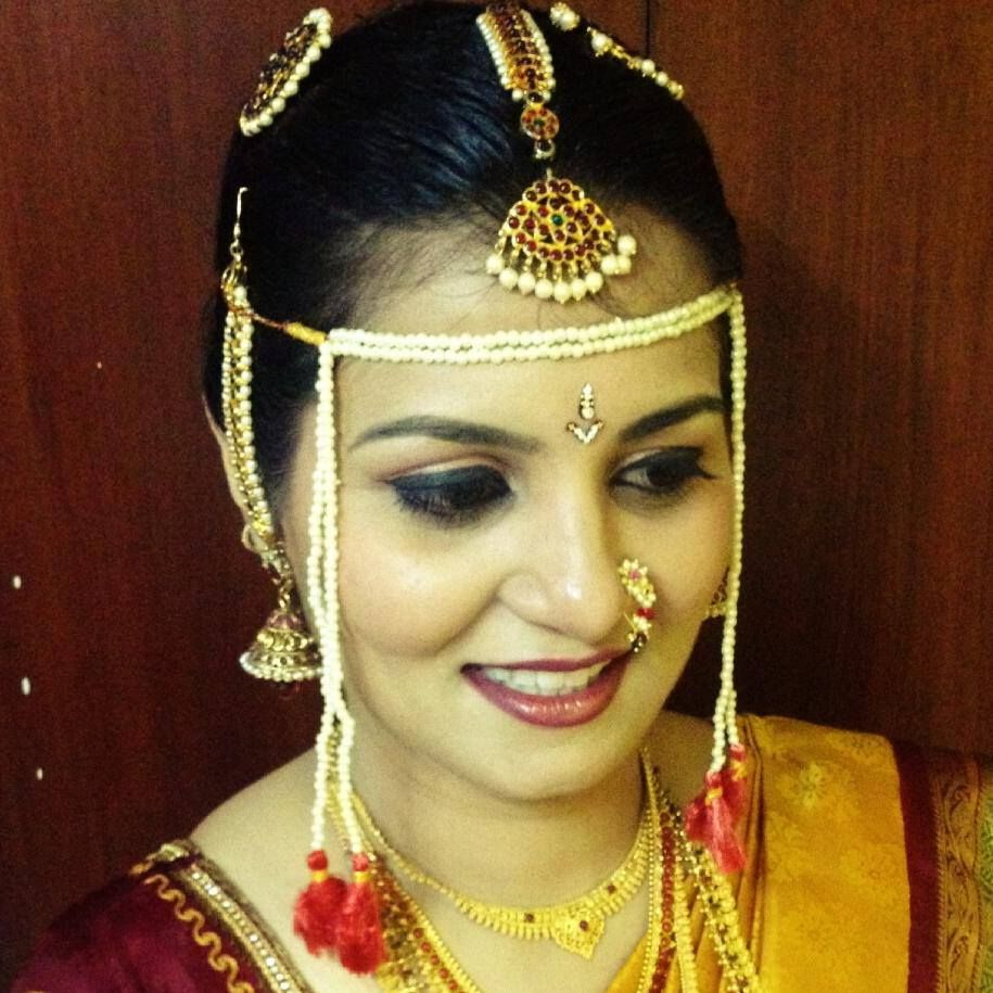 Wedding Hairstyle Maharashtrian: #indian #bride #wedding #maharashtrian #marathi (With