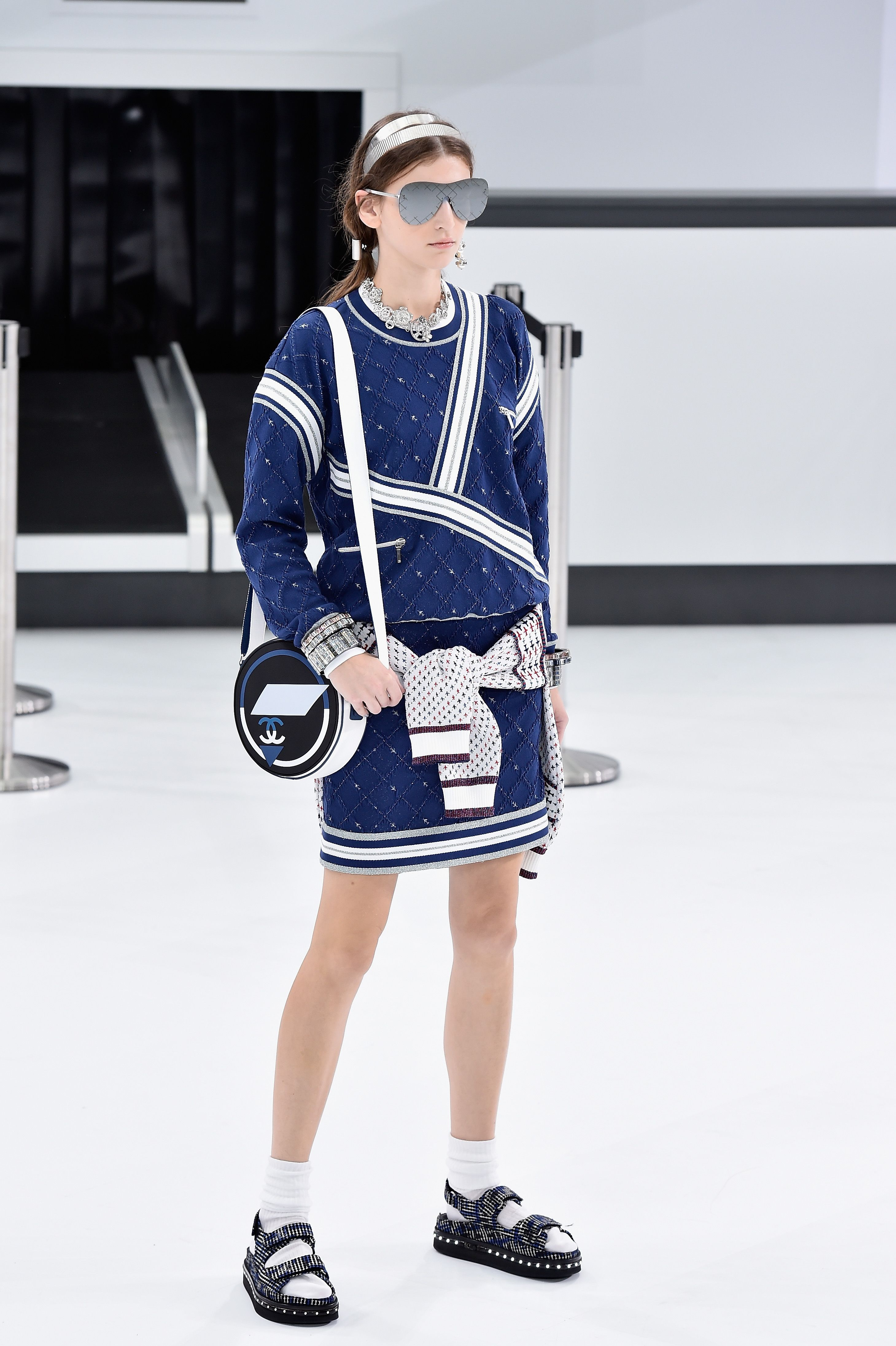 fd4472d8d3c 17 Bags You Have to See From The Chanel Spring 2016 Runway Show - ELLE.com