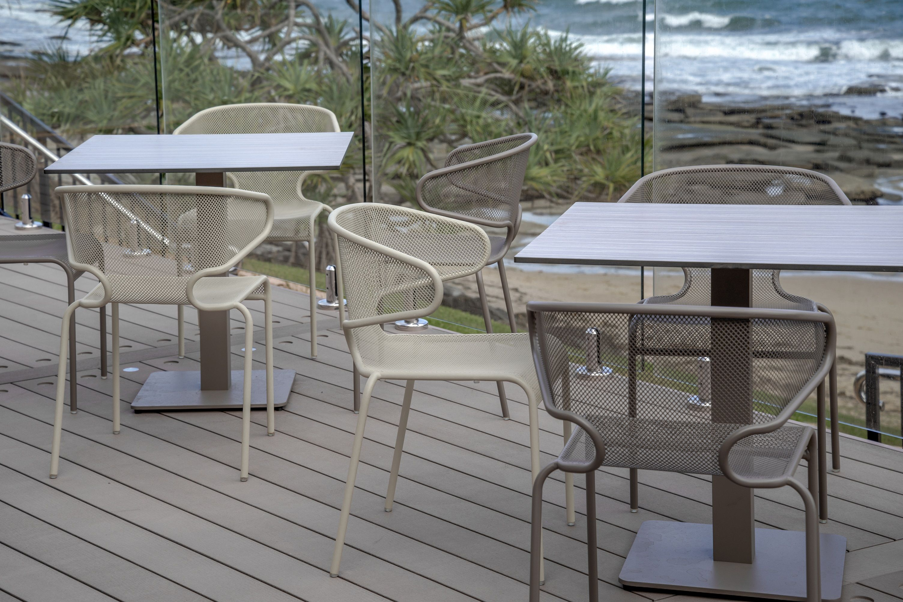 #BFM #seating Maze Mesh Furniture On This Oceanside Restaurant Patio Deck  #wherespacedefinesdesign
