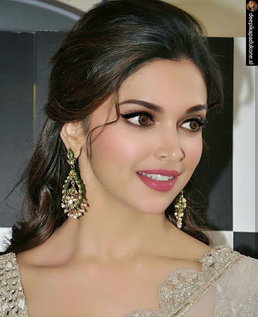 1 638 Likes 22 Comments Deepika Deepika Sharma27 On Instagram Ezrepost Deepikapa Indian Hairstyles For Saree Indian Hairstyles Deepika Padukone Style
