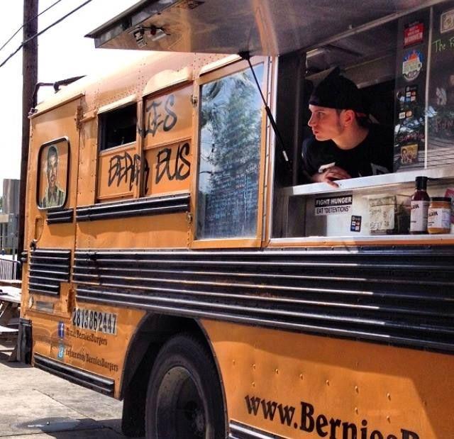 La Catusa Caravan Bar - Food truck experience Food Truck - food truck business plan