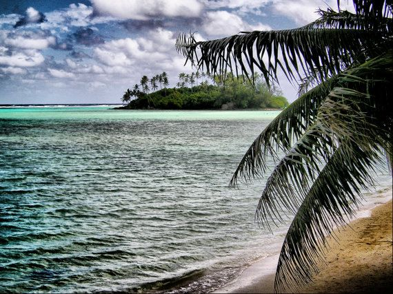 Deserted Tropical Island Paradise-Raratonga, Cook Islands - by DivinaImages