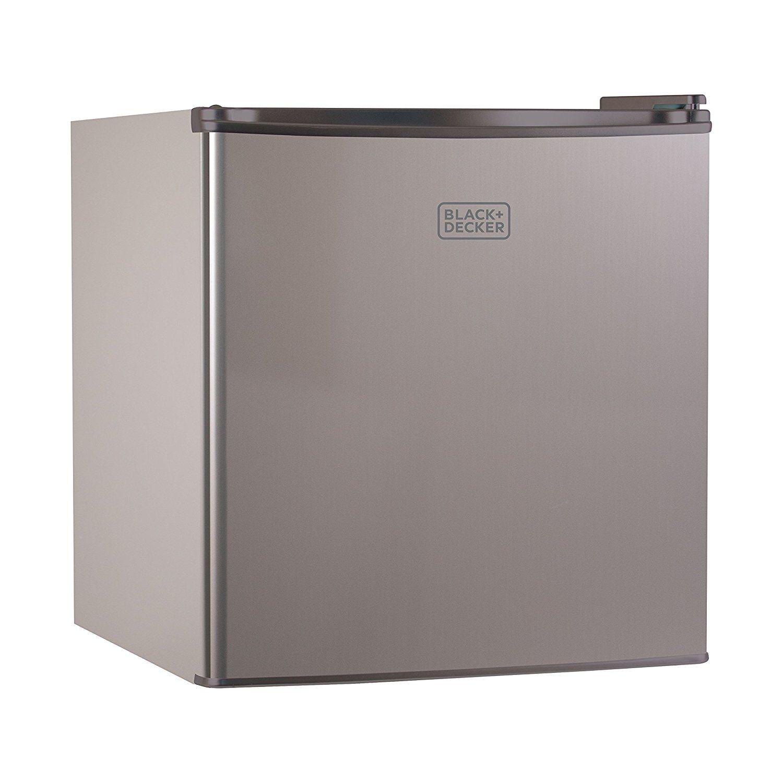 Black Decker Bcrk17v 1 7 Cu Ft Energy Star Refrigerator With Freezer Vcm Energy Star Refrigerator Compact Refrigerator Mini Fridge With Freezer