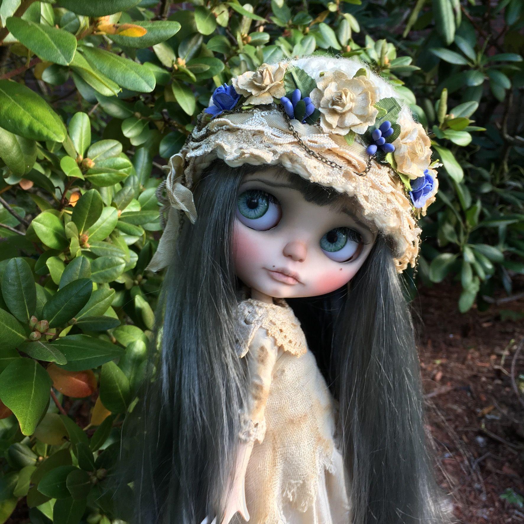 """Wisteria"" Custom Blythe Doll by LoveLaurie"