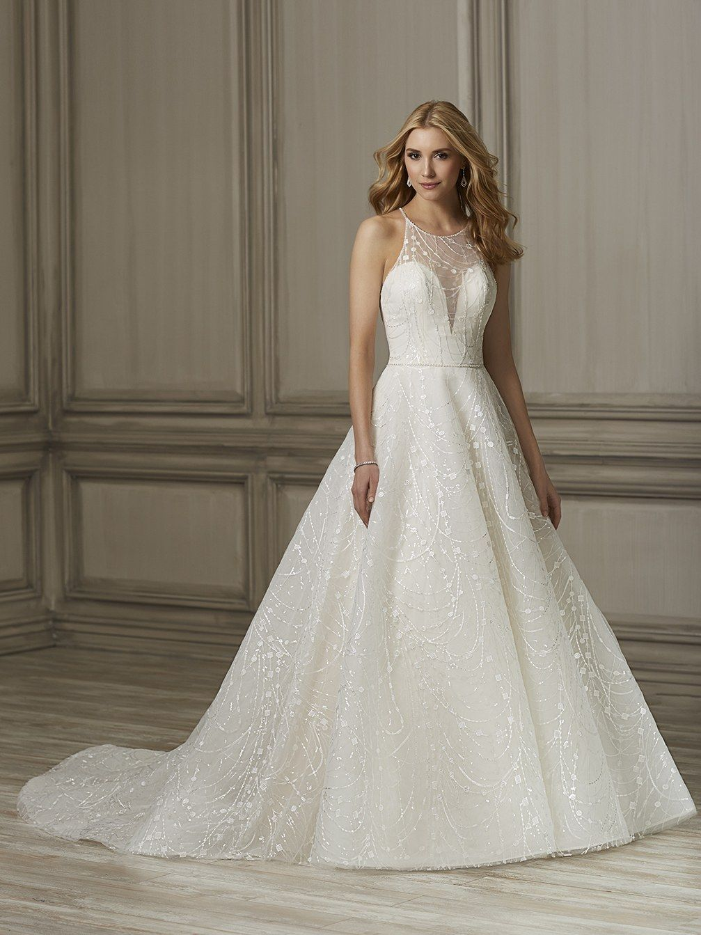 Halter neck lace illusion over the base bodice with sweetheart