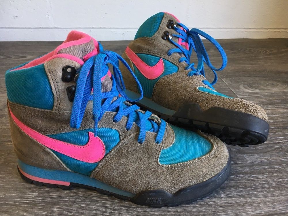 NIKE Hiking Boots Vtg High Top Retro 90s Street Neon Pink 900406 Caldera US  7  Nike  Boots 64fff2638fdd
