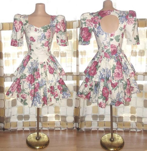 Vintage 80s Garden Party Tiered Ruffle Mini Dress Open Back Puff Sleeve SPRING S