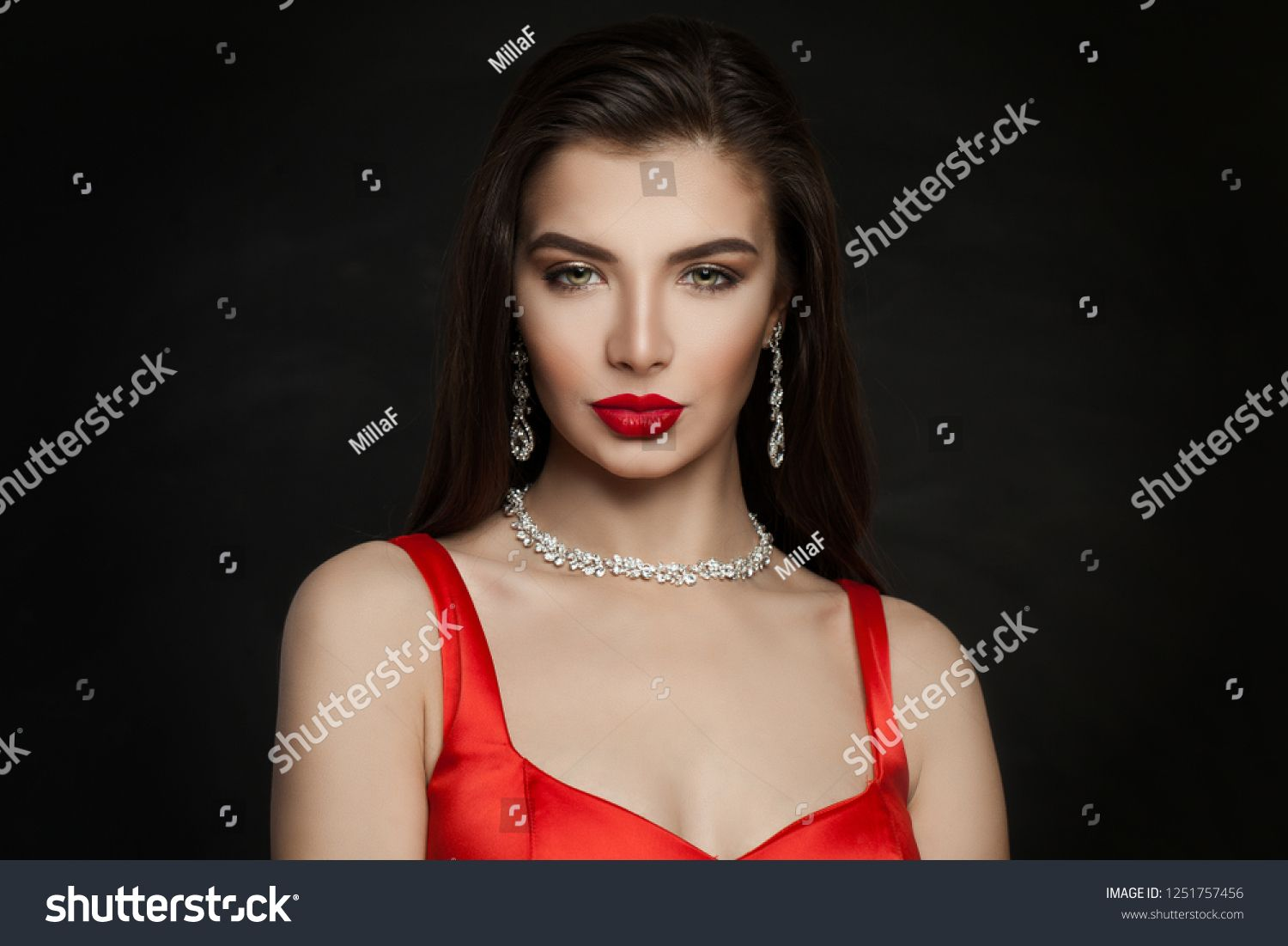 Gorgeous Woman Brunette With Red Lips Makeup Diamond Necklace And