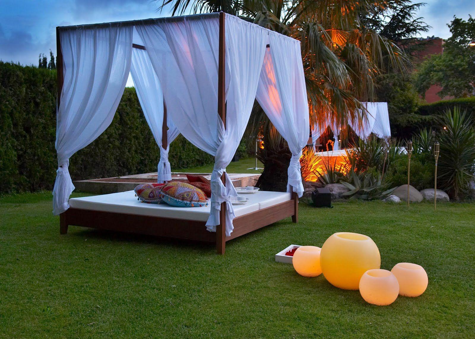 decora tu terraza o jardin estilo chill out 4 carpas Pinterest