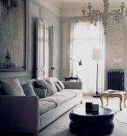 un salon contemporain ponctue d une touche classique marie claire maison