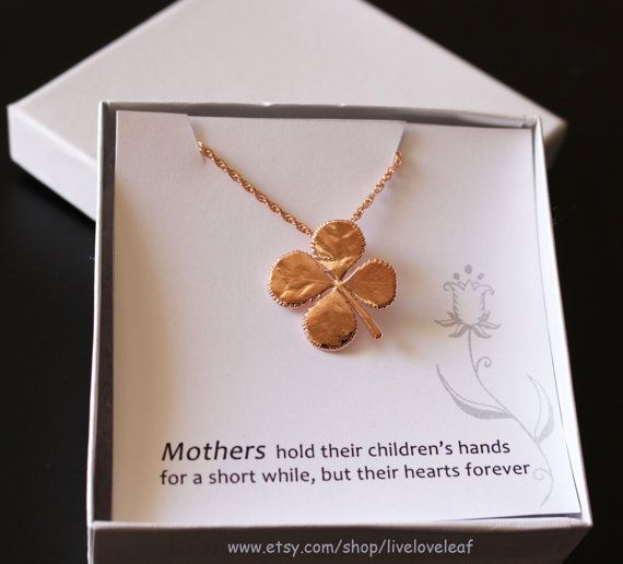 Four leaf clover charm necklace https://www.etsy.com/listing/183409939/rose-gold-four-leaf-clover-necklace
