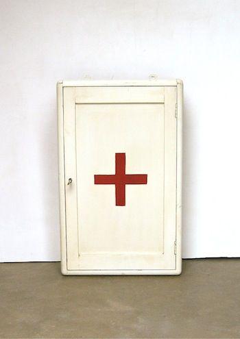 Pharmacie vintage | Vintage | Pinterest | Antique wood, Wood boxes ...