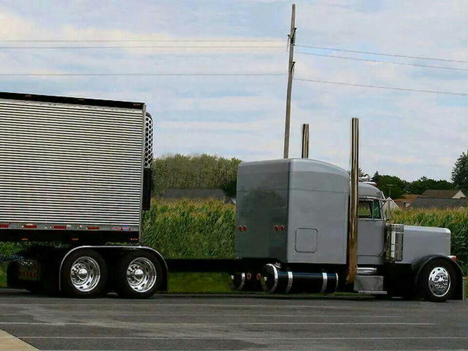 Nice Long Frame Pete Kenworth Trucks Peterbilt Big Trucks