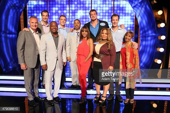 Family Feud July 20,2015 Holly Robinson Peete looks Amazing! Love her outfit. Cannot tell if it is a one piece jump suit, or two separate pieces.