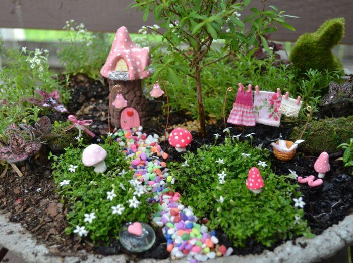 Deko bastelideen reizvollen mini garten kreieren dekog rten garden indoor fairy gardens - Mini garten deko ...