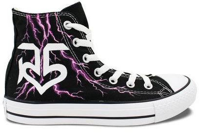 074a65cc3557dc High Top Sneaker Converse R5 Logo lightning Hand Painted Customi ...