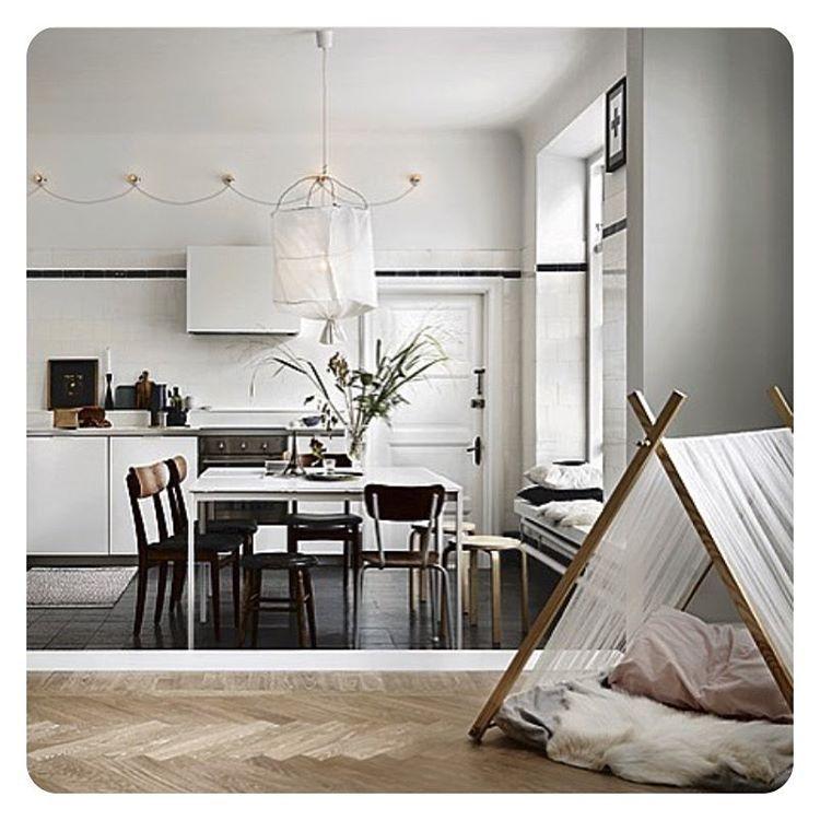 | T e n t | @elledecorationse #tent #kitchen #livingroom #etage #beautiful #herringbone #floor #interiordesign #inredning #homedesign #instagood #inspiration #elledecoration