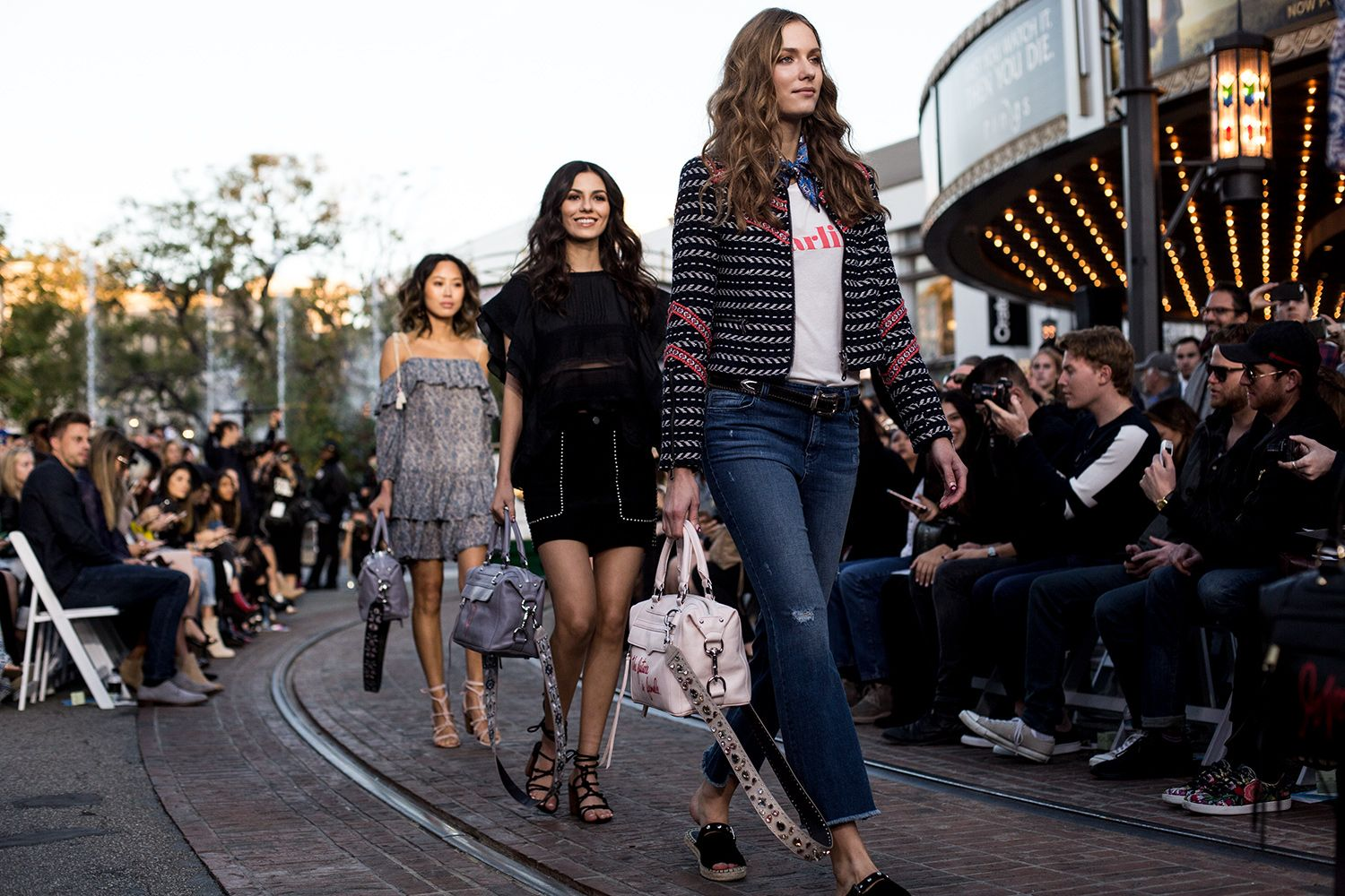 Rebecca Minkoff's 2017 Spring Collection on the LA Runway   http://www.mywhitet.com/fashion-week-rebecca-minkoffs-spring-2017-la-runway-show/