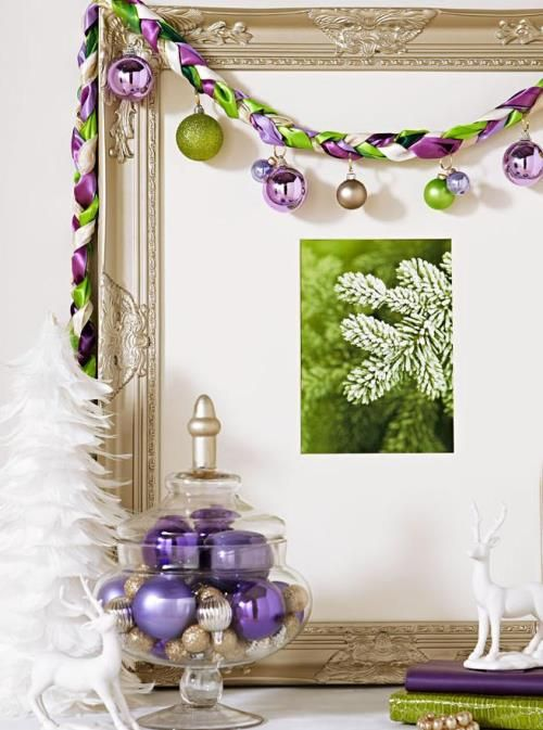 Christmas Decorations: Using Ornaments in Clever Decor. #decor #ornaments #interiors