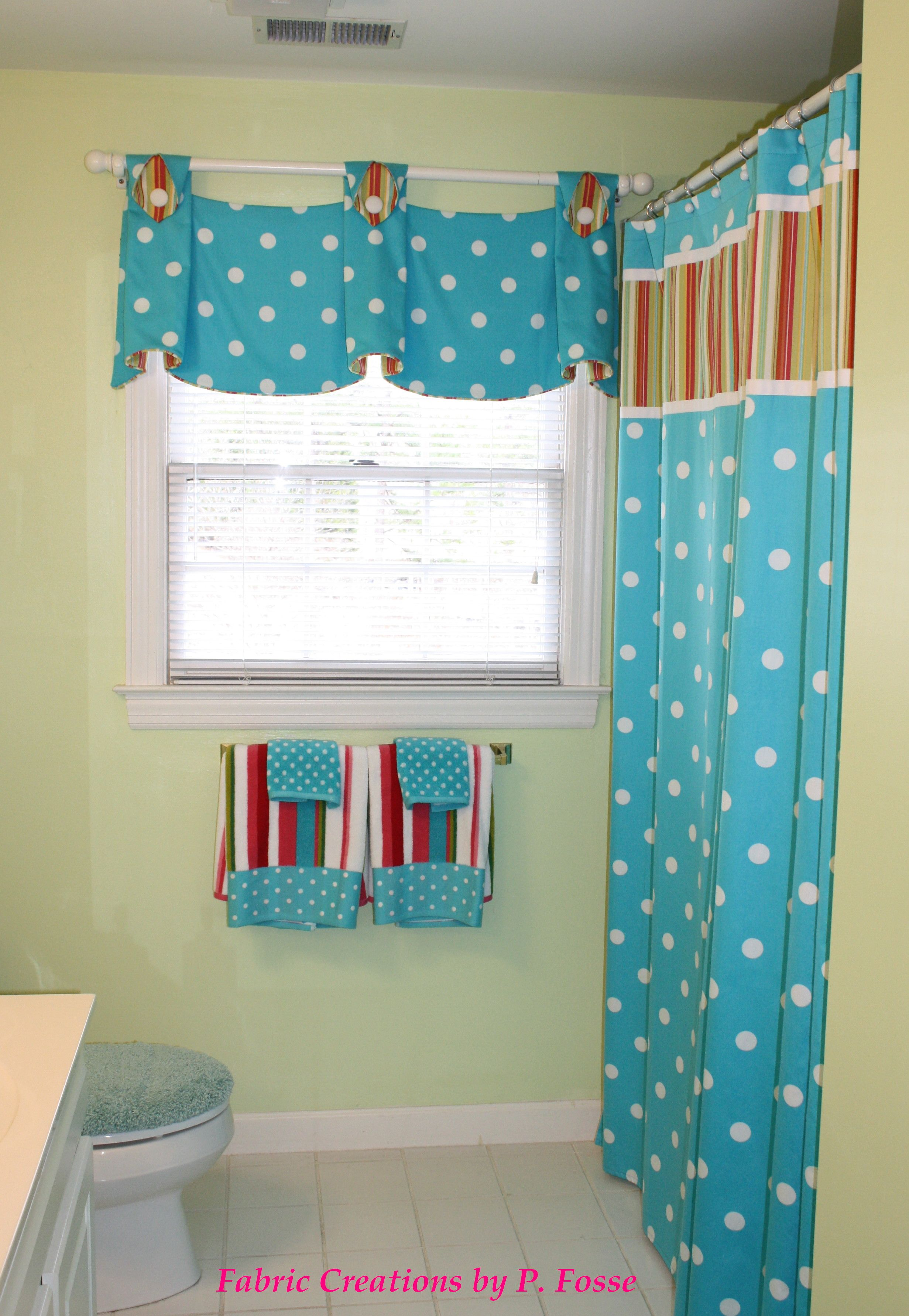 Pate Meadow S Julia Valance And Coordinating Shower