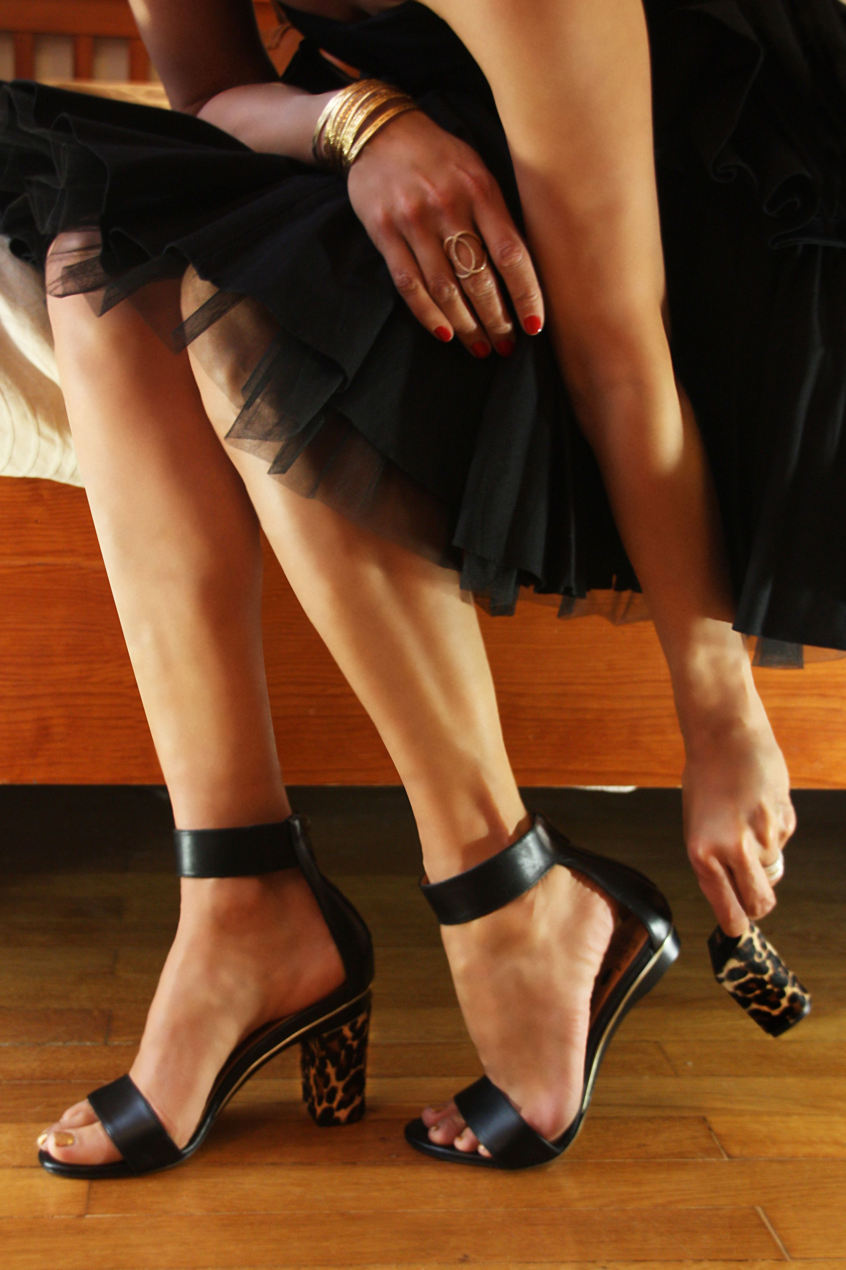 e575106ec39 Tanya Heath - Paris has created the first MULTI-HEIGHT SHOE with changeable  heels. The same shoe can transform from a gorgeous high heel to a  comfortable ...