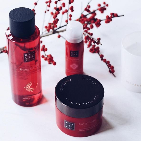 #rituals #producten   Dit zijn natuurlijke producten van het merk Rituals, door deze producten krijg je geen irritaties. https://eu.rituals.com/nl-be/home?gclid=Cj0KEQiApqTCBRC-977Hi9Ov8pkBEiQA5B_ipfbN_ANaJ5jmvGfqXFVrDSLdUFLiMBuqhPllZds-8LEaAhIf8P8HAQ