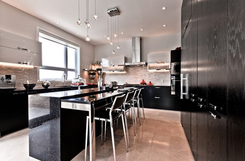 20 Black Kitchens That Will Change Your