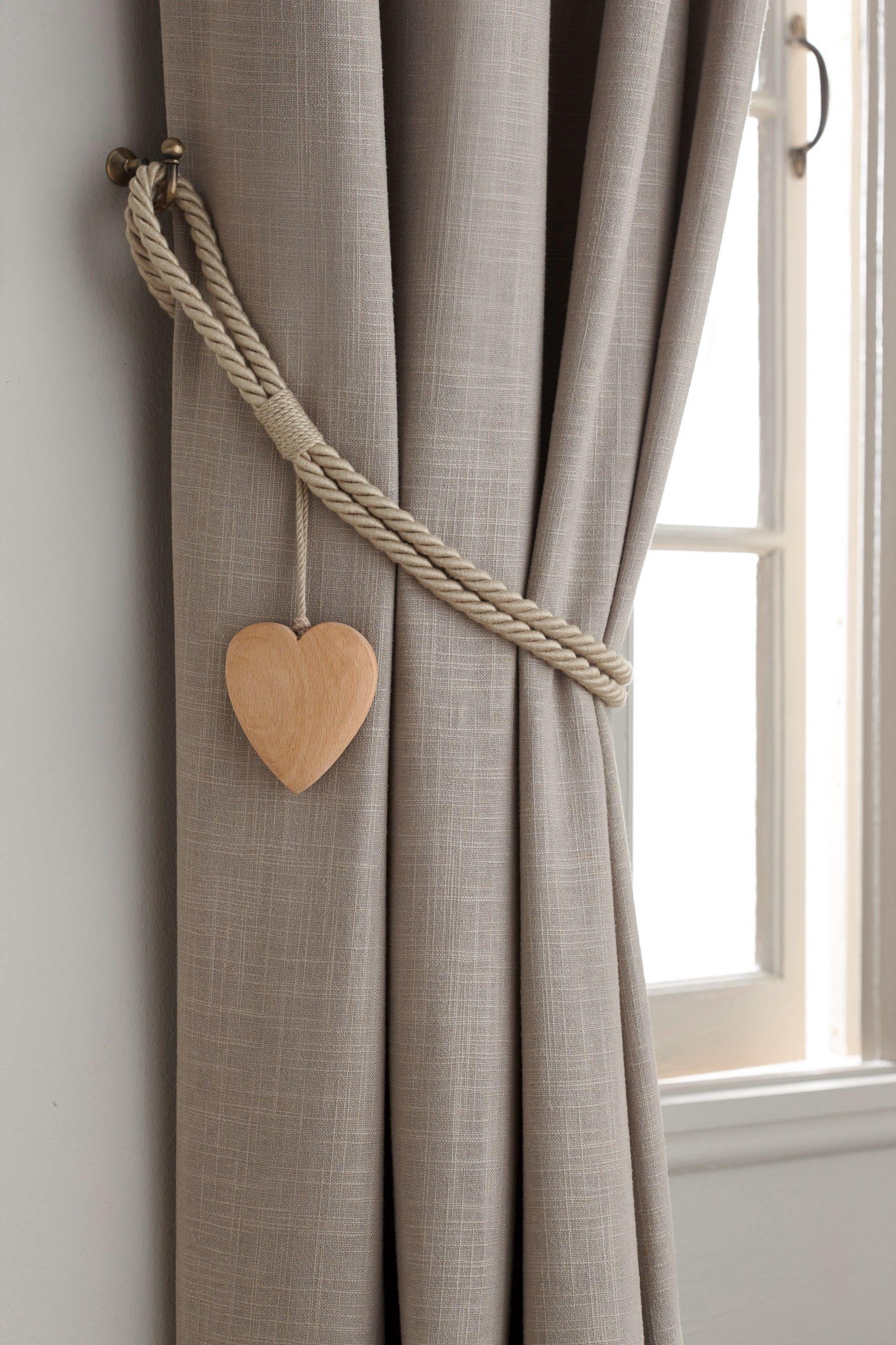 Next Set Of 2 Wooden Heart Tie Backs Natural Ideias De Cortina