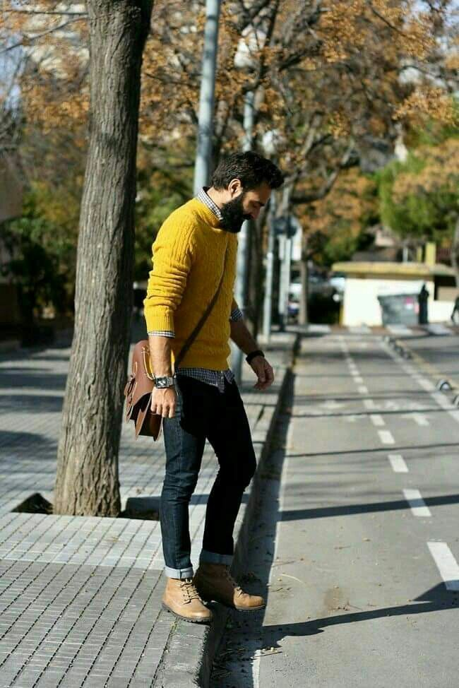 Outfit hombre amarillo