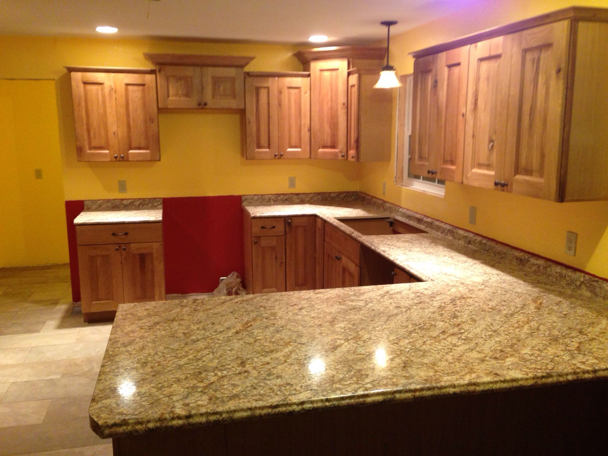 Rustic Knotty Oak Kitchen Cabinets