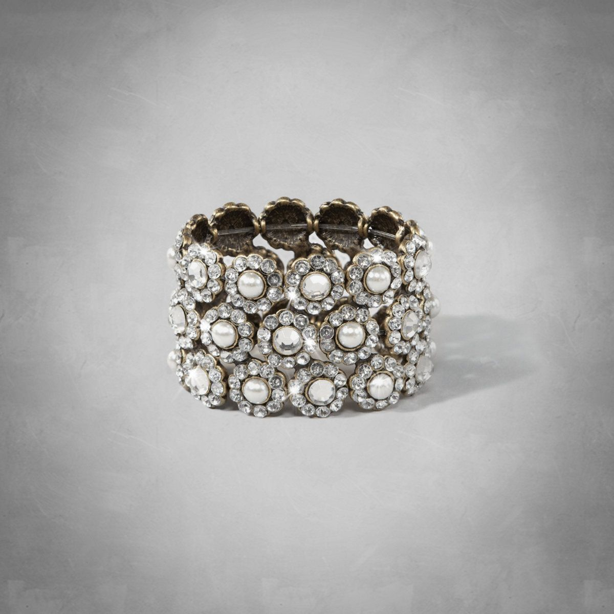 Womens Shine Stretch Cuff Bracelet | Womens Accessories | eu.Abercrombie.com