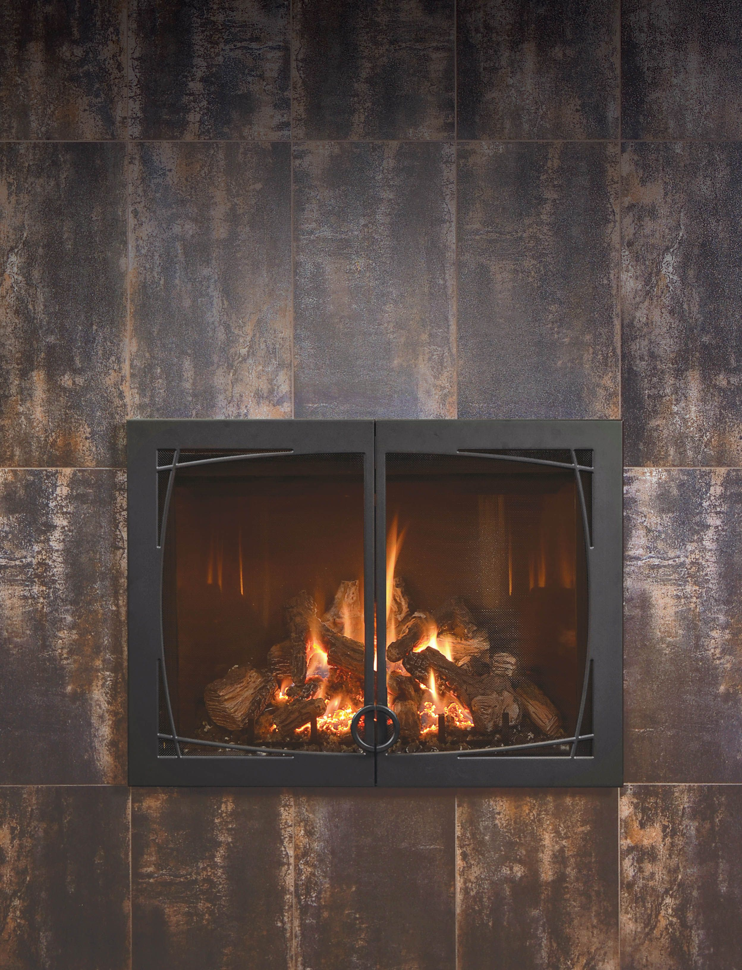 The Fullview Gas Fireplace With A Willow Front Keeps The Focus On