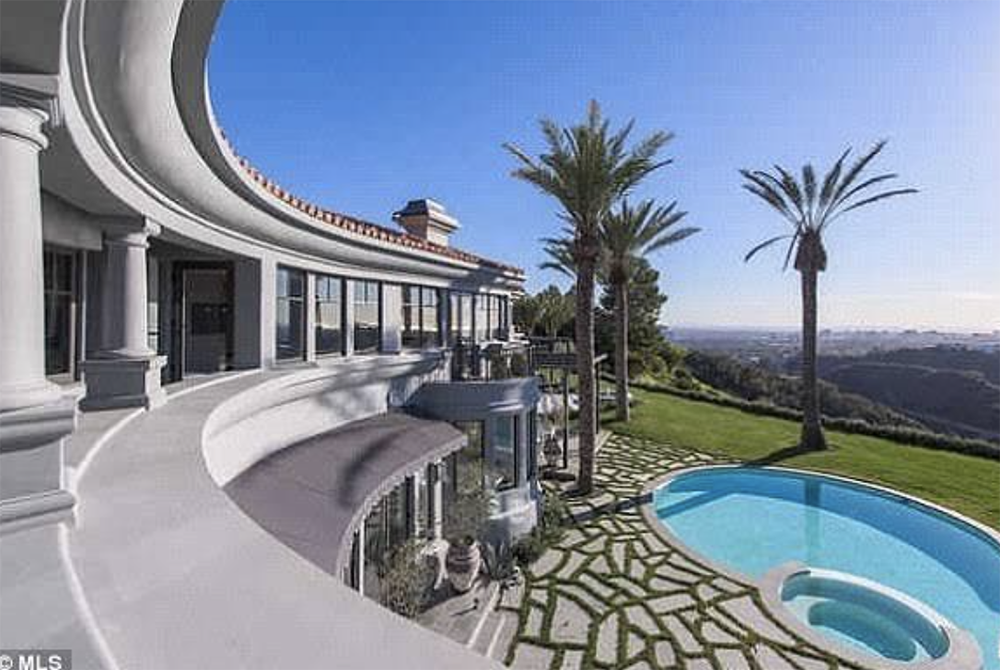 What Does The New Kylie Jenner House In Bel Air Look Like Kylie