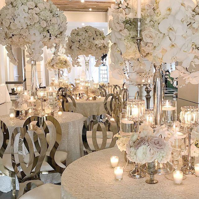 Pin By Claudie Kissasse Buchholz On Decor Elegant Wedding Reception All White Wedding Wedding Decorations