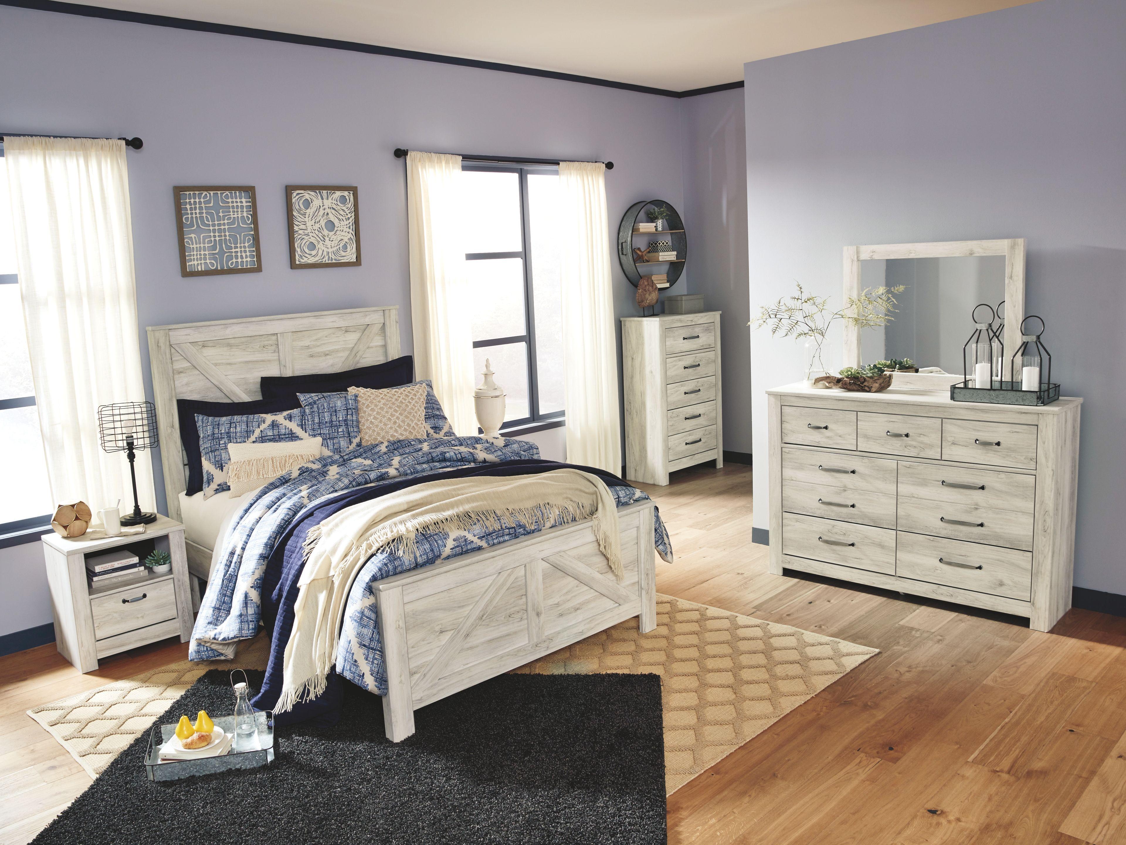 Bellaby Queen Crossbuck Panel Bed Queen panel beds
