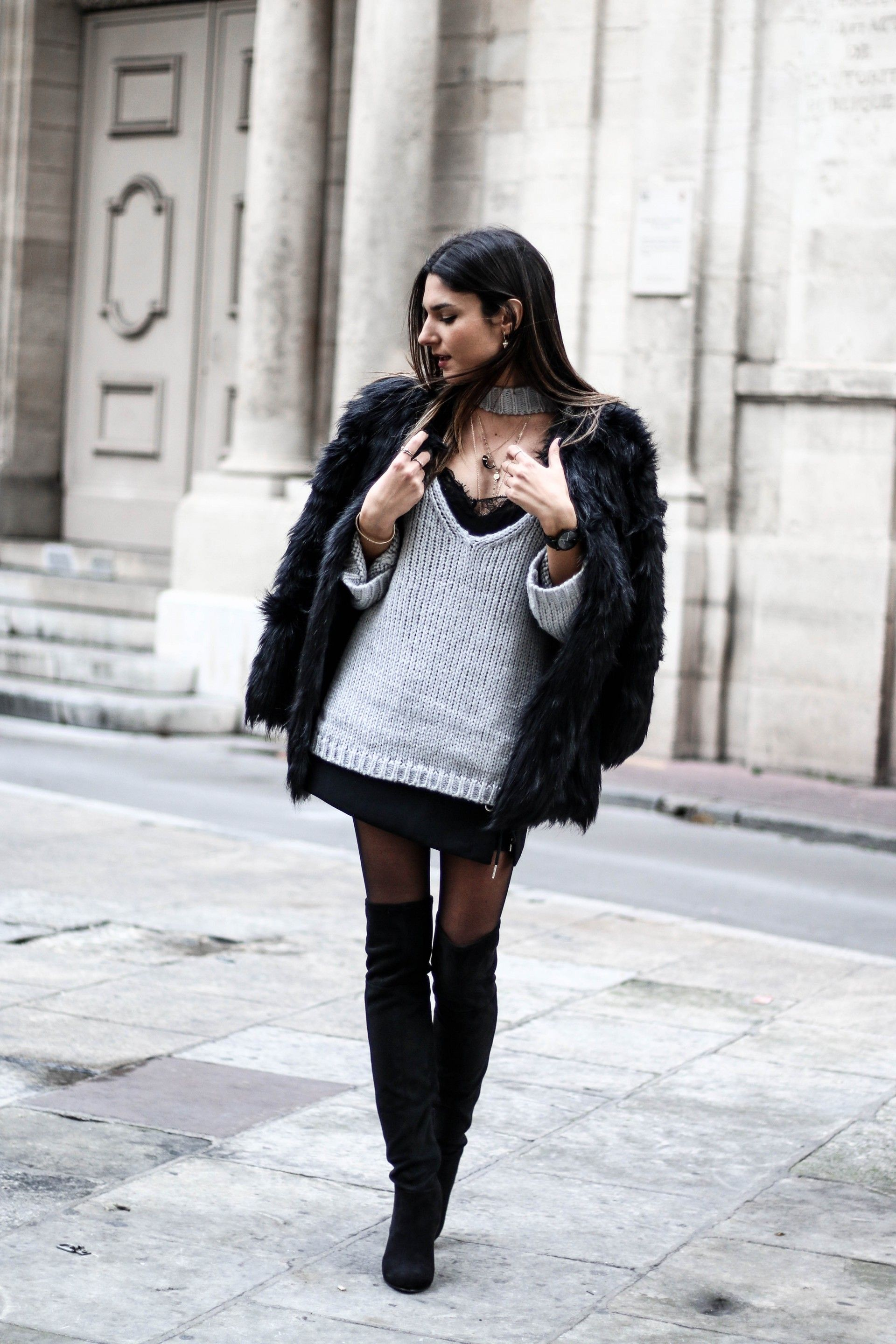 25 Outfits With Tights to Keep You Warm andStylish
