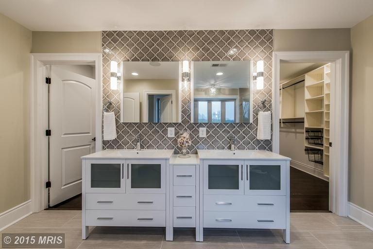 Best Contemporary Master Bathroom With The Builder Depot Dove 640 x 480
