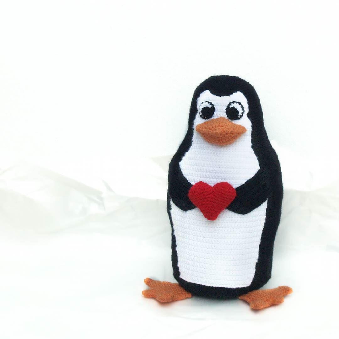 Parece que hace fresco hoy... #amigurumi #penguin #crochet #pingüino ...