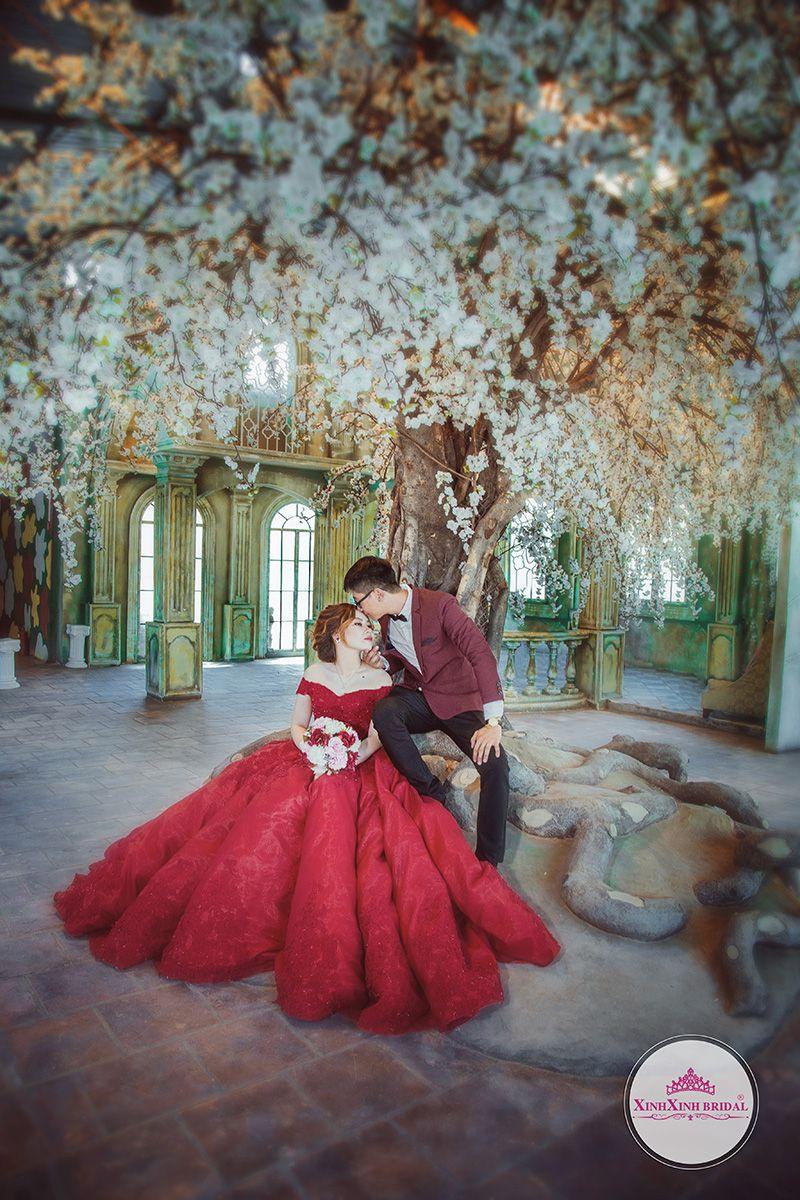 Album hình cưới chụp ở Phim Trường Alibaba TPHCM. Áo Cưới