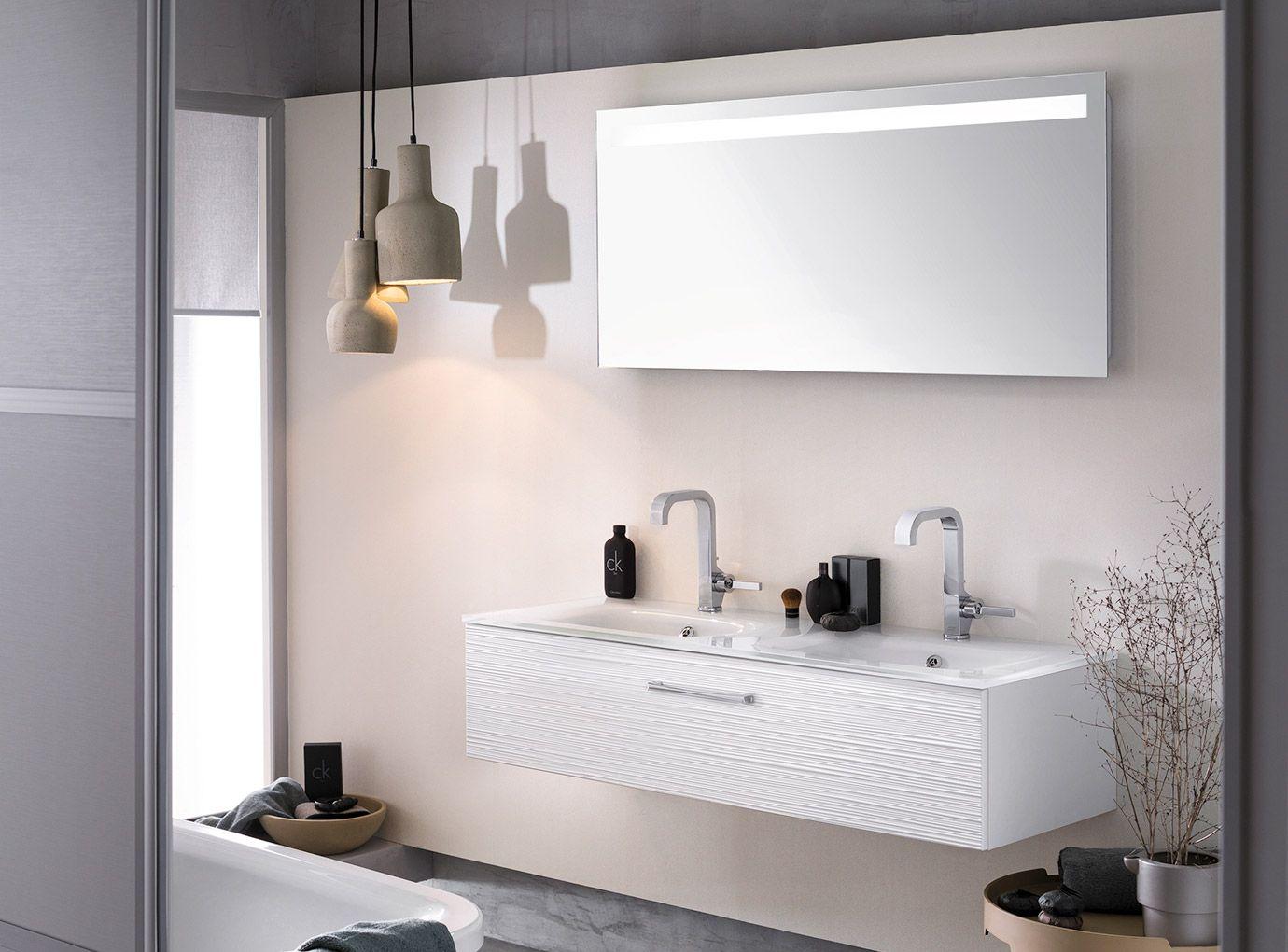Etagere Salle De Bain Ikea ~ Le Blanc Revient En Force Dans La Salle De Bains Avec Des Mat Riaux