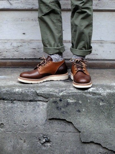 d15b2e7a378  derbies  brogues  shoes  chaussures  casualstyle  style  workboots  casual   chic  men  homme  outfit  socks  wool  chaussettes  chino  pant  pantalon   kaki