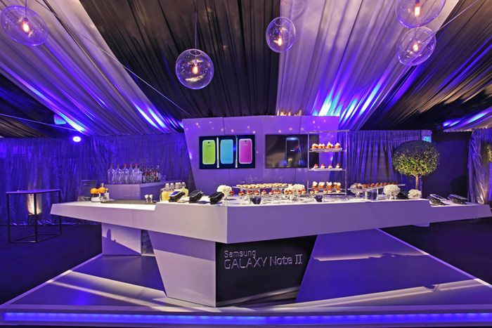 Samsung Launched Its Galaxy Note II In Los Angeles With An Event At Interior Designer Kelly