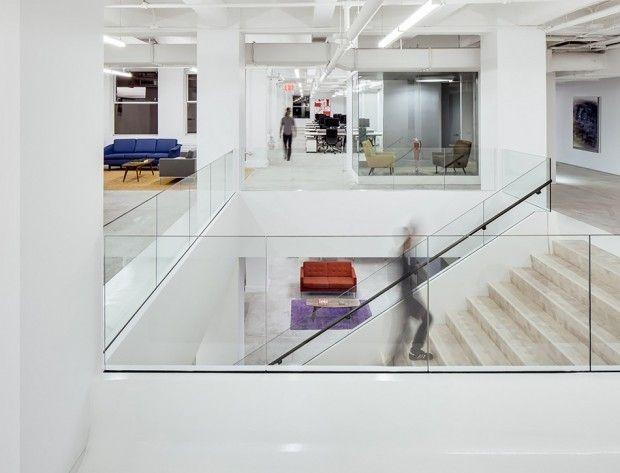 Kantoor Van Kapero : Red bull s nieuwe kantoor in new york is wel grappig kleur