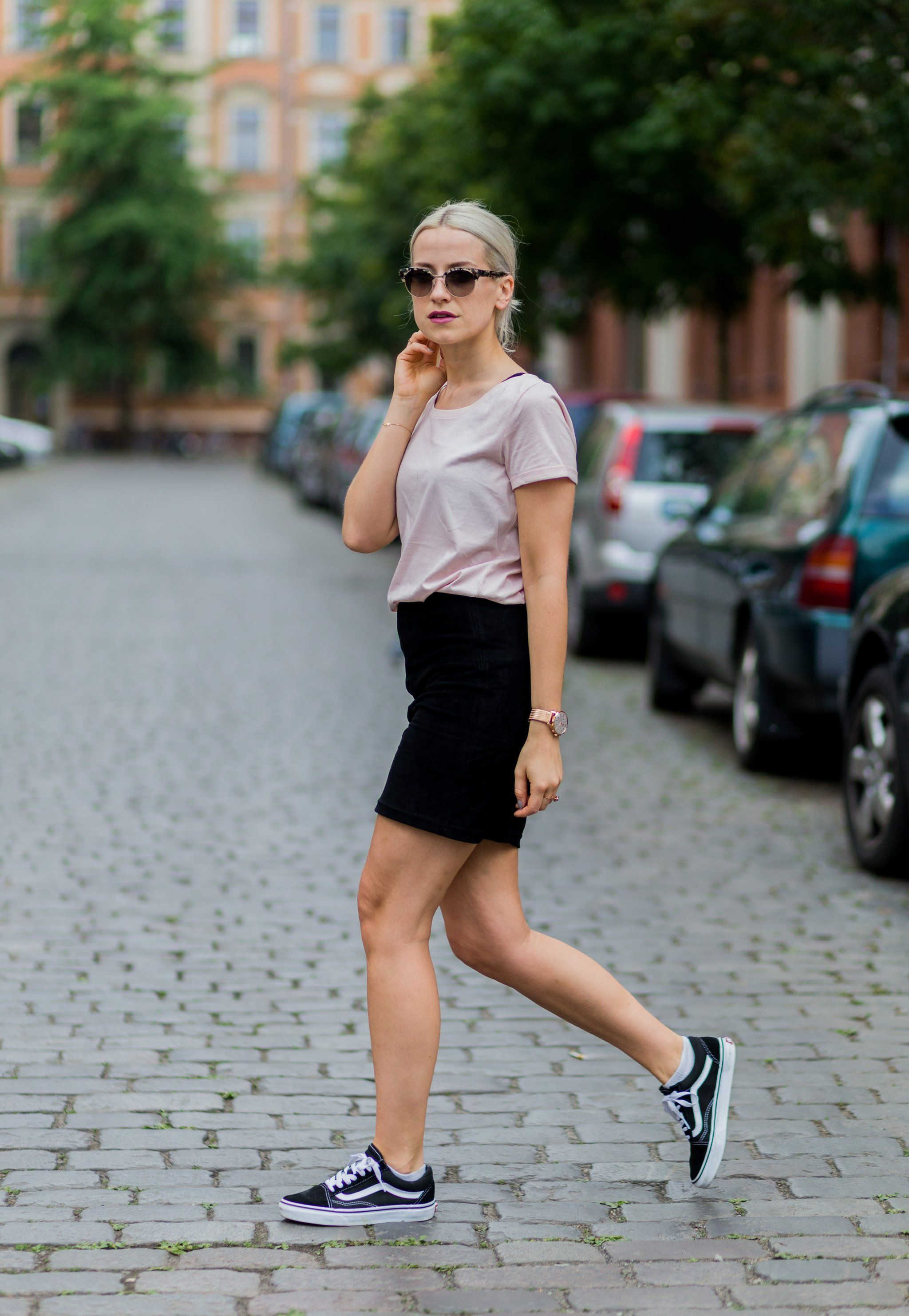 A cool sneaker to add a casual vibe to a miniskirt.